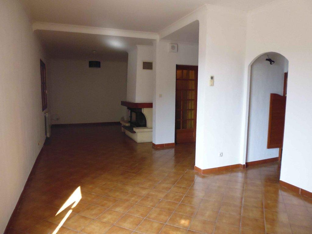 Annonce maison villa 5 pieces vauvert vente for Garage des canaux vauvert